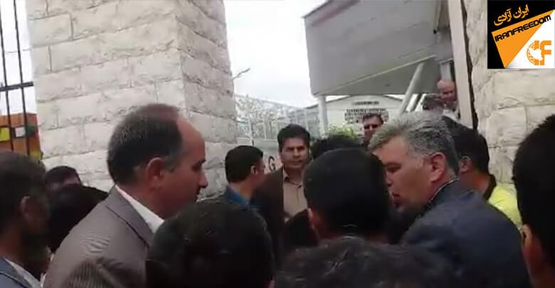 اعتراض کشاورزان نقده و اشنویه مقابل درب کارخانه قند و کارگران شرکت صدر فولاد لرستان