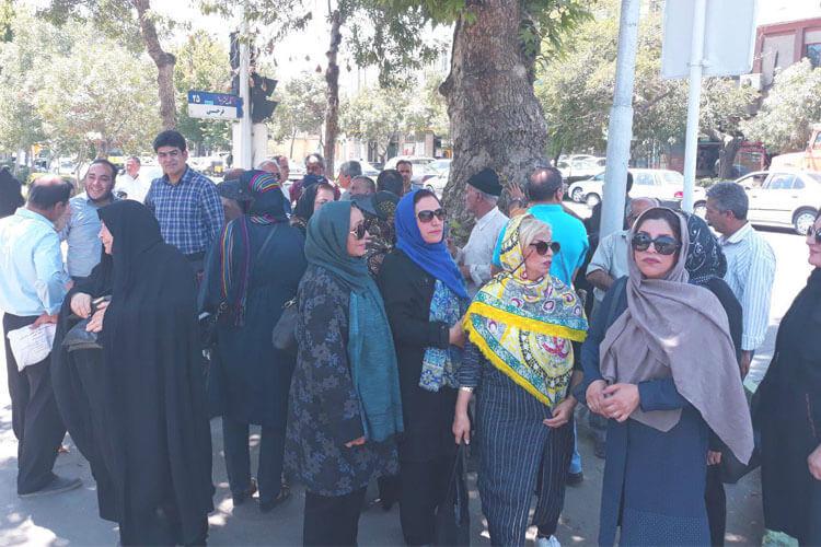 اعتراض مالباختگان مؤسسه کاسپین مشهد درمقابل استانداری