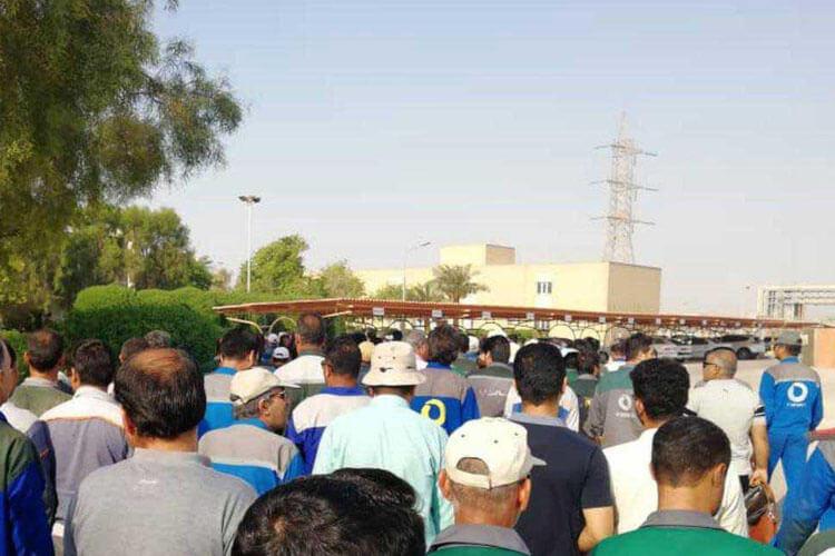 اعتصاب کارگران و کارمندان شرکت پتروشیمی ماهشهر برای سومین روز ادامه یافت