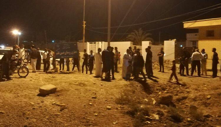 اهالی روستای حسین غلیم بخش شاوور شهرستان شوش نسبت به کمبود آب دست به تجمع زدند
