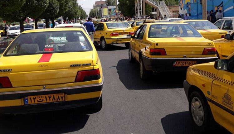 رانندگان تاکسی ابهر در استان زنجان دست از کار کشیده و اعتصاب کردند
