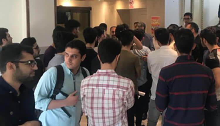 دومین روز تجمع اعتراضی دانشجویان علوم پزشکی بهشتی