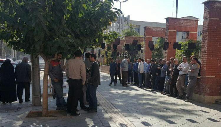 تجمع پرسنل شرکت عمران و نیرو آذربایجان غربی در اعتراض به معوقات حقوقی