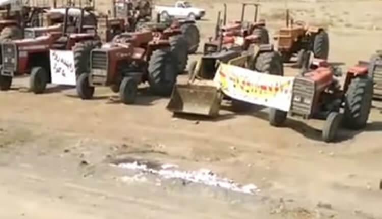تجمع کشاورزان محروم منطقه گورت در اعتراض به پاسخ نگرفتن در مورد مطالباتشان