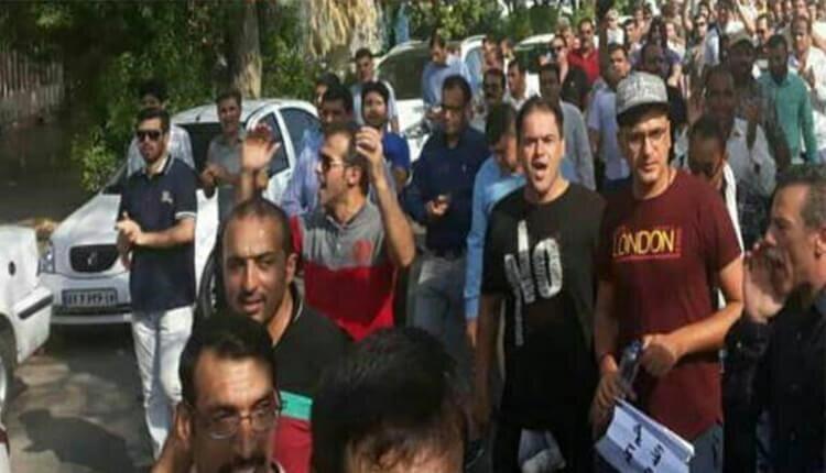 تظاهرات اعتراضی کارگران گروه ملی فولاد اهواز در اعتراض به معوقات حقوقی