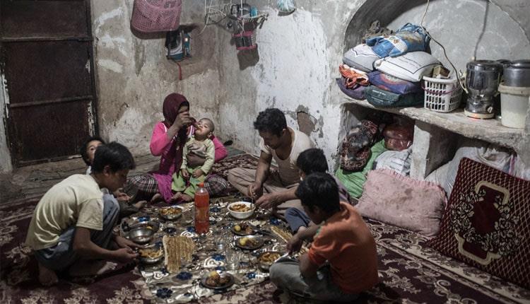 Iran slum dwellers