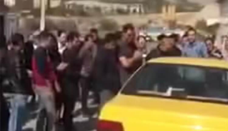 تجمع اعتراضی كارگران خط شش متروی تهران در اعتراض به معوقات حقوقی حق بیمه و سنوات