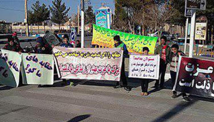 ادامه تجمع اعتراضی کشاورزان خوراسگان اصفهان در اعتراض به ندادن حقابه