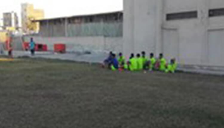 دومین روز اعتصاب بازیکنان تیم فوتبال شهرداری بندرعباس به دلیل پرداخت نشدن مطالبات