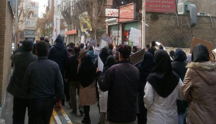 سی و سومین تجمع اعتراضی کارکنان بیمارستان خمینی کرج