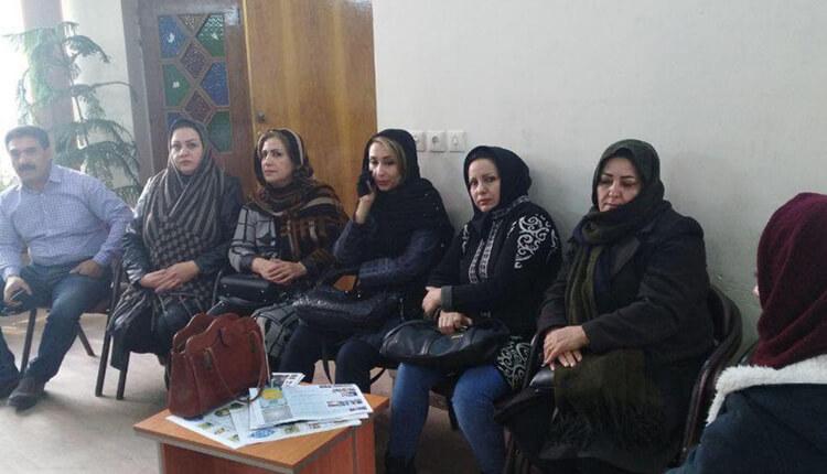 تجمع اعتراضی غارت شدگان کاسپین کرمان در اعتراض به غارت اموالشان