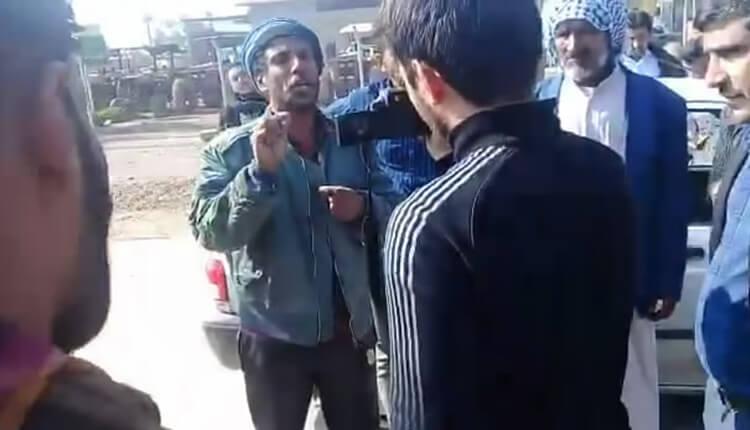 تجمع اعتراضی اهالی روستای خلیفه حیدر شوش در اعتراض به استخدام غیر بومیان در شرکت نیشکر