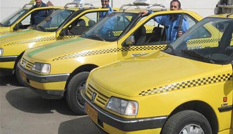 تجمع اعتراضی و اعتصاب رانندگان تاکسی دورود لرستان