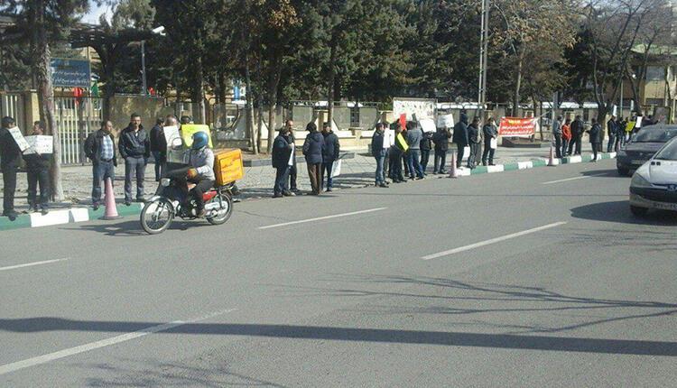 چهارمین روز تجمع کارگران روغن نباتی جهان در زنجان در اعتراض به معوقات حقوقی