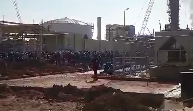 سومین روز اعتصاب کارگران پتروشیمی مسجدسلیمان در اعتراض به معوقات حقوقی