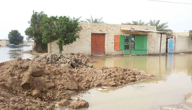 اعتراض یک خانم خوزستانی سیلزده به بی عملی کارگزاران رژيم آخوندی