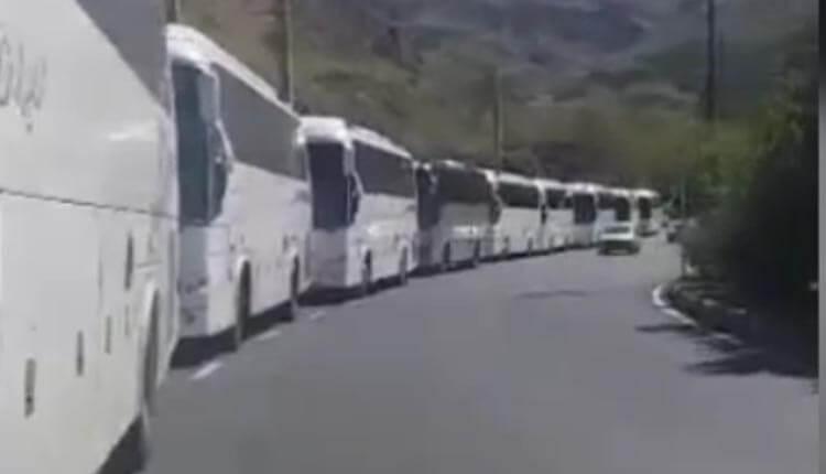 تجمع اعتراضی مالکین اتوبوس محور کندوان ورودی جاده کرج ، چالوس
