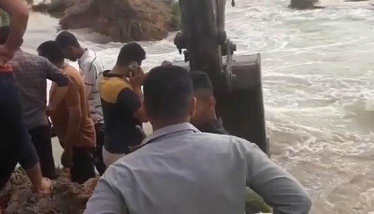 شکسته شدن سیل بند ملاشیه اهواز در استان خوزستان