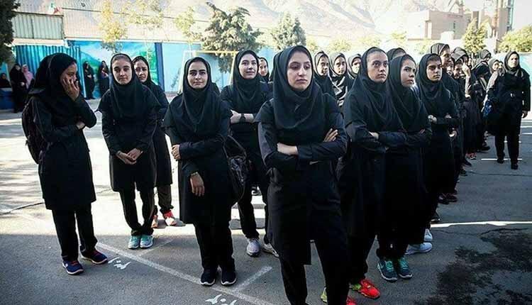 اعتصاب دانش آموزان دبیرستان دخترانه مدرسه زینبیه در کامیاران
