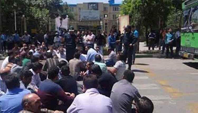 کارگران کارخانه رینگ سازی در مشهد وارد سومین روز تجمع شد