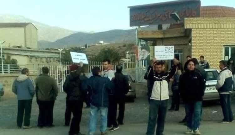 اعتراض کارگران کاشی گیلانا نسبت به فروش و مصادره زمین و سولههای کارخانه