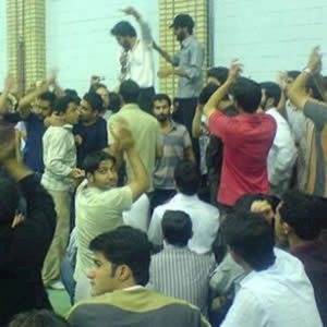 اعتراض دانشجویان زنجان