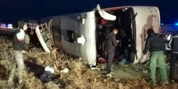 اتوبوس تهران به کلاله واژگون شد
