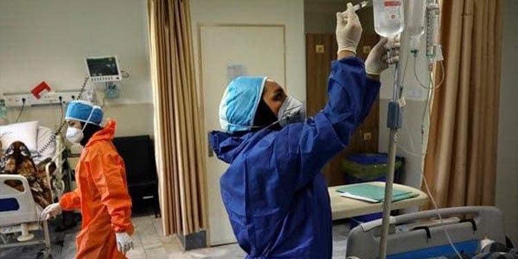 مدیر شبکه بهداشت اردستان از افراد زیر ۶۰ سال و زندانیان تست کرونایی گرفته نمیشود