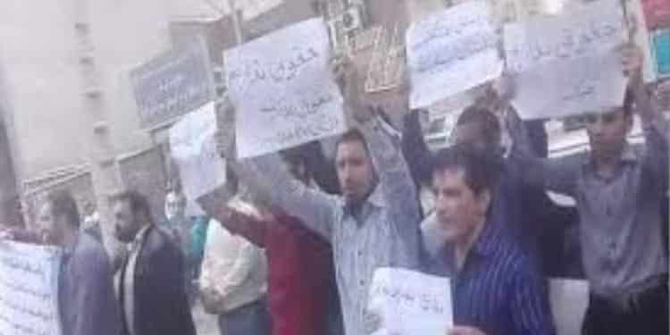 تجمع اعتراضی کارکنان کلینیک مهرگان بهبهان
