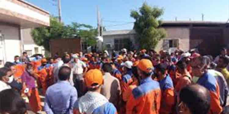 تجمع کارگران شهرداری در میرجاوه