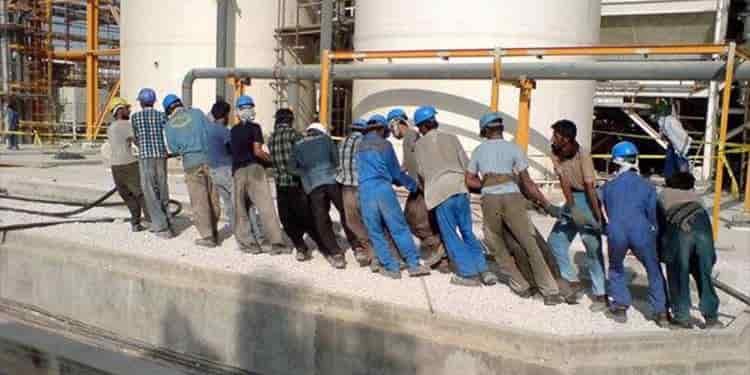 یازدهمین روز اعتصاب کارگران صنعت نفت و پتروشیمی و نیروگاهها